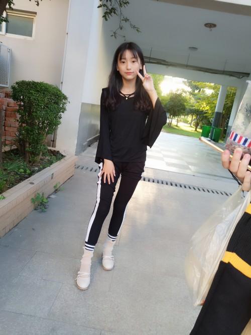 素人妹子蓓蓓的腿控套图 日常篇(上)