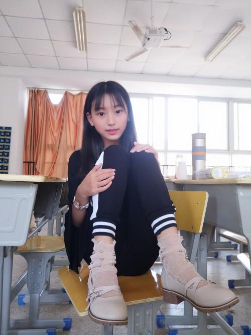 素人妹子蓓蓓的腿控套图 日常篇(下)