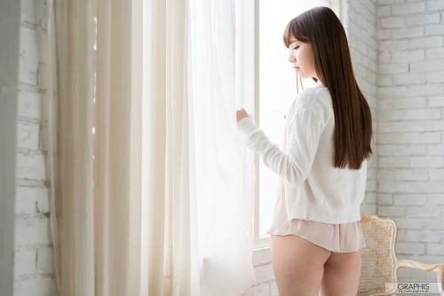 [Graphis] 2017-04-26 Tsumugi Akari 明里つむぎ 『 first gravure 』