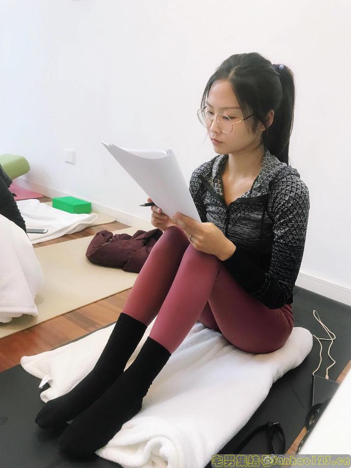 【美女图片】丝袜、大长腿、coser、萌妹与欧派第一期